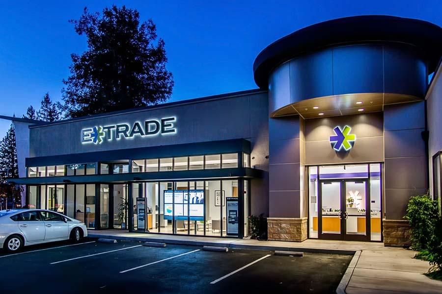 N. De Anza Blvd. Retail